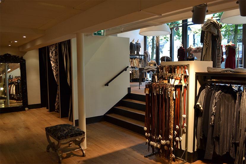 Verbouwing winkelpand Hilvertshof